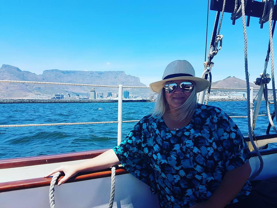 Sailing the coastline off Cape Town